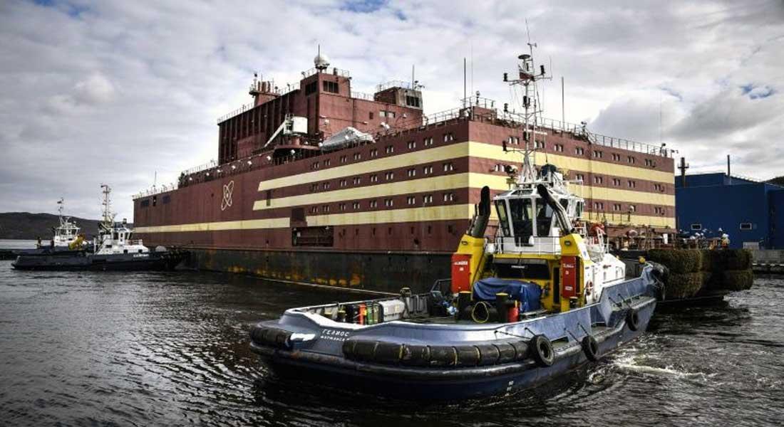 La Russie présente la première centrale nucléaire flottante du monde (vidéo)