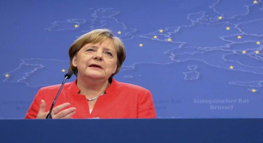 Le gouvernement Merkel menacé par une crise sur les migrants
