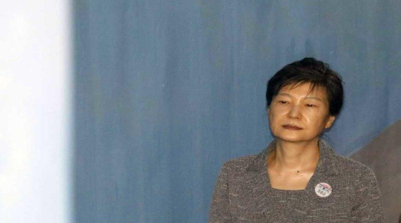 Corée du Sud: huit ans de prison plus pour l'ex président Park