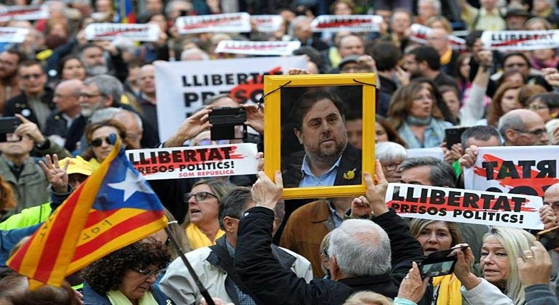 Espagne: Les six dirigeants indépendantistes incarcérés seront transférés en Catalogne
