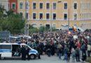 Allemagne : L'extrême droite dans la rue contre Merkel