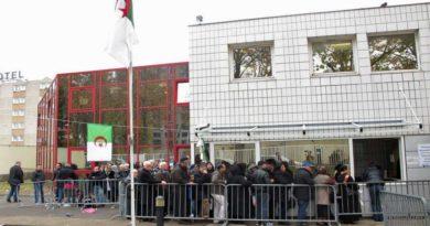 Consulat d'Algérie à Bobigny : 2 blessés par couteaux suite à une dispute dans une file d'attente