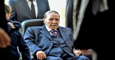 Présidentielles : Bouteflika brigue un 5e mandat