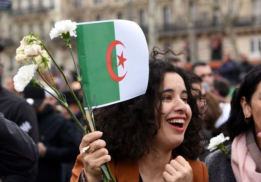 L'Algérie dit bye bye à Bouteflika, en attendant d'anéantir le système qui a engendré la corruption