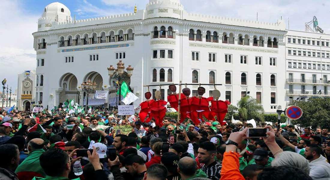 """Manifestation à Alger pour demander la fin du """"système des prédateurs"""""""