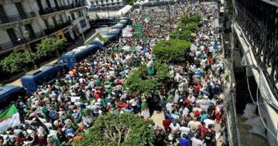 Après la fête pour l'EN, les Algériens de retour dans la rue contre le système
