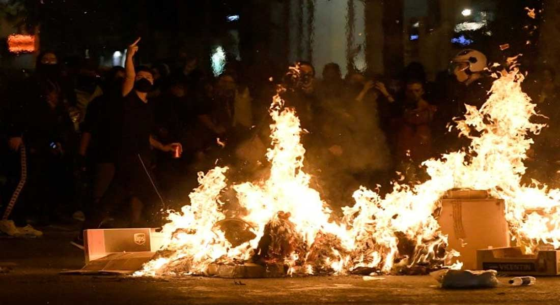 Barcelone : Nouvelle nuit de tensions et de barricades
