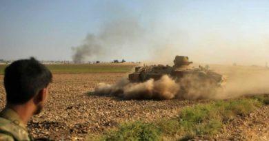 Syrie: Les forces turques s'enfoncent en profondeur en Syrie