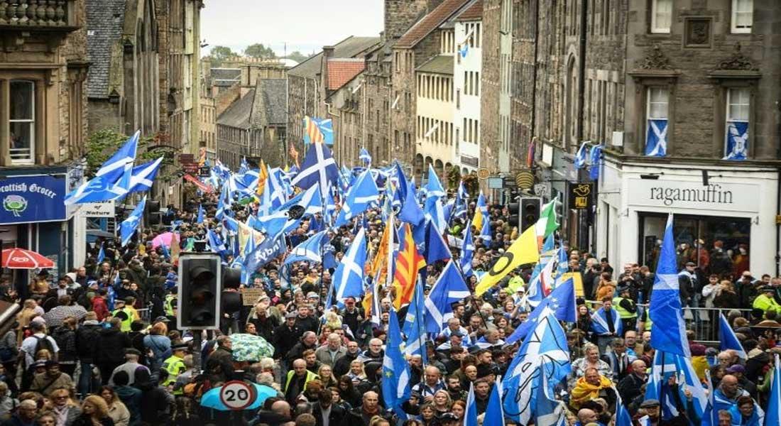 Référendum d'indépendance en Ecosse: bras de fer entre Londres et Edimbourg