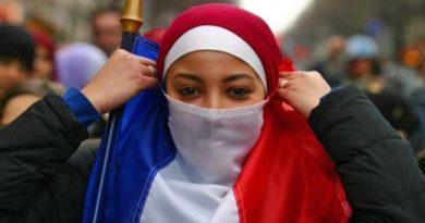 France : Vers l'interdiction du port de signes religieux aux parents accompagnant des sorties scolaires ?