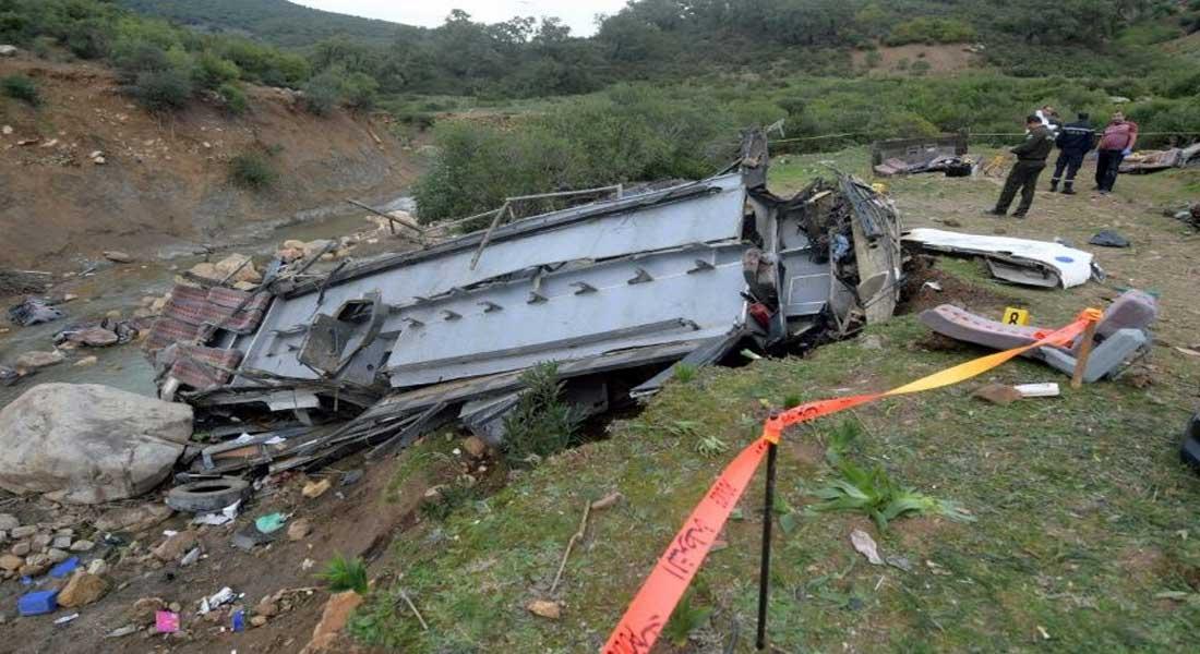 Tunisie : Un bus de touristes tombe dans un ravin, au moins 24 morts