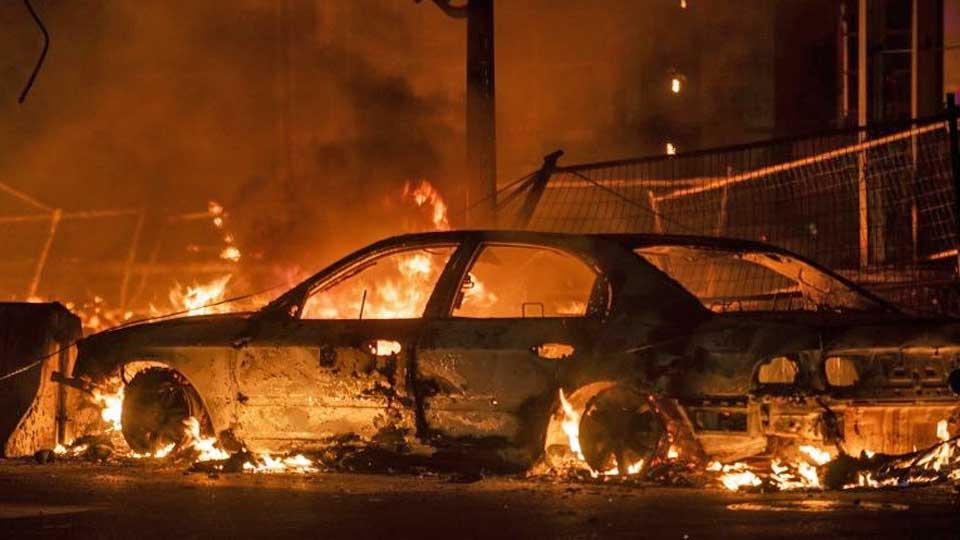 Etats Unis : Un restaurant incendié à Atlanta après la mort d'un homme noir abattu par la police