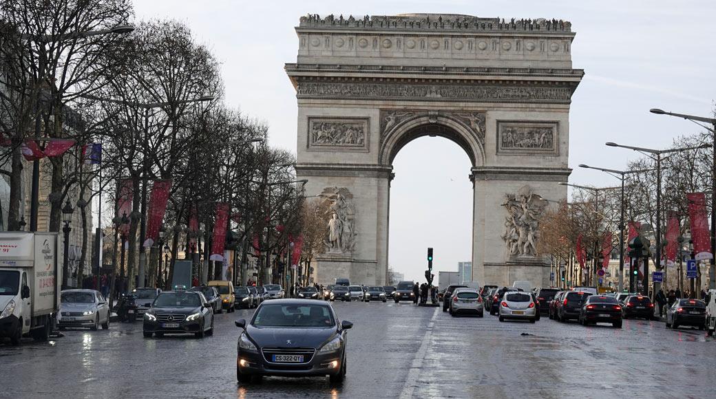 Coronavirus: Le gouvernement Français impose un couvre-feu dans plusieurs villes dont Paris