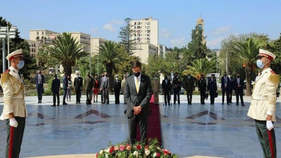 Le chef du Pentagone Mark Esper en visite en Algérie