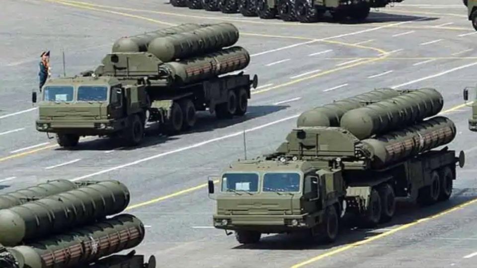 La Turquie ne laissera pas tomber pas les missiles russes, promet le chef de la diplomatie