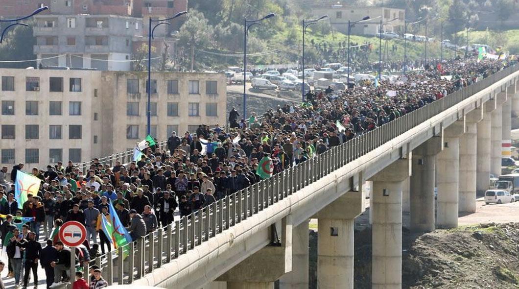 Kherrata : Des manifestants dans les rues pour l'anniversaire du Hirak