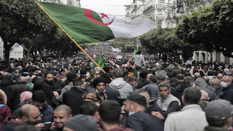 Alger : Des milliers de manifestants pour le deuxième anniversaire du Hirak