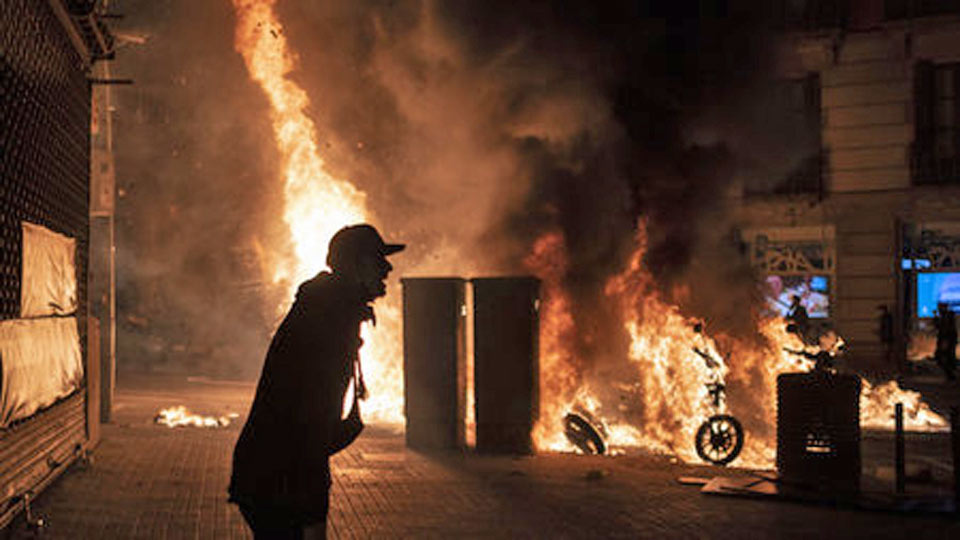Espagne : Quand un rappeur met le pays en feu