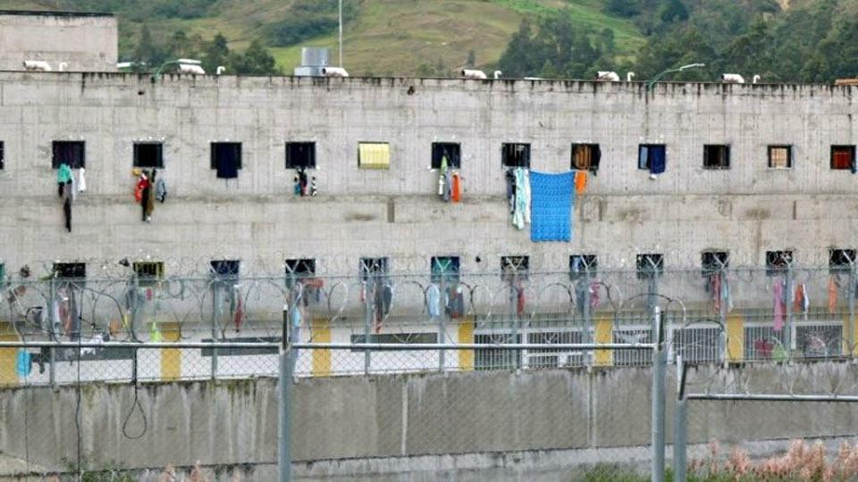 Equateur :  La guerre des gangs dans les prisons a fait  plus de 79 morts