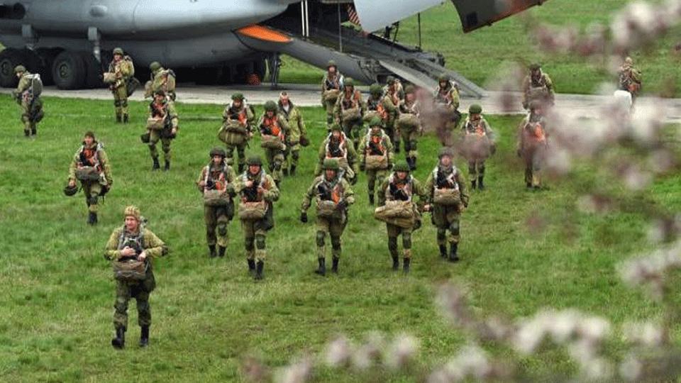 Selon la Russie : Début de retrait des troupes russes en Crimée