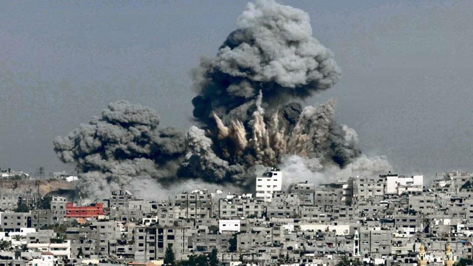GAZA : Des frappes aériennes israéliennes ont tué 42 Palestiniens, dont 10 enfants, tôt dimanche