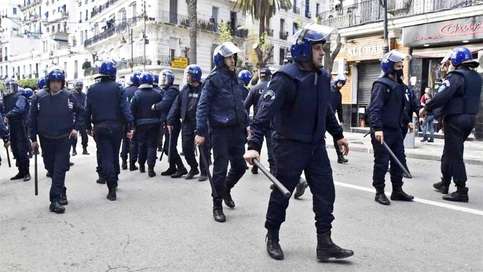 Hirak : Très peu de manifestants suite à  une forte présence policière dans les rues d'Alger