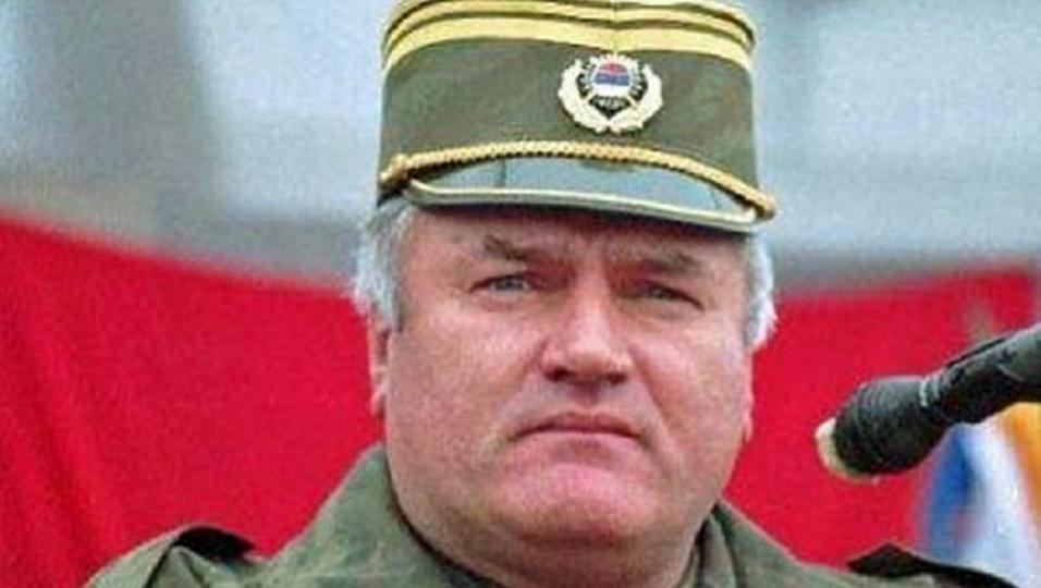 """La Haye condamne ratko Mladic, le """"Boucher des Balkans"""" à la perpétuité"""